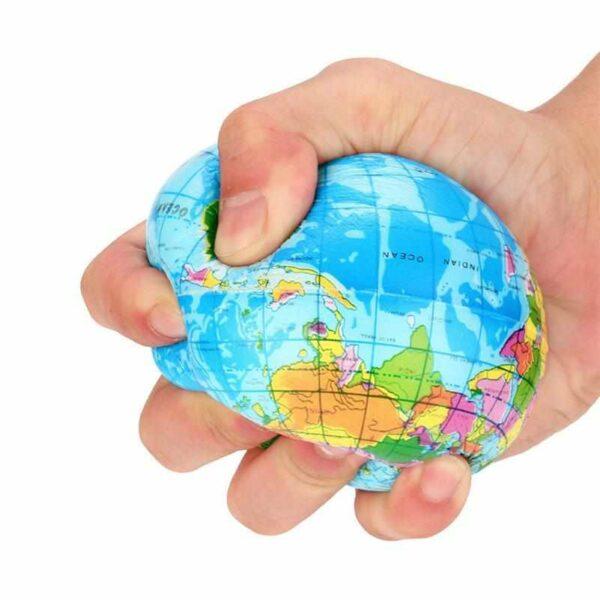 squishy globe terrestre écrasé