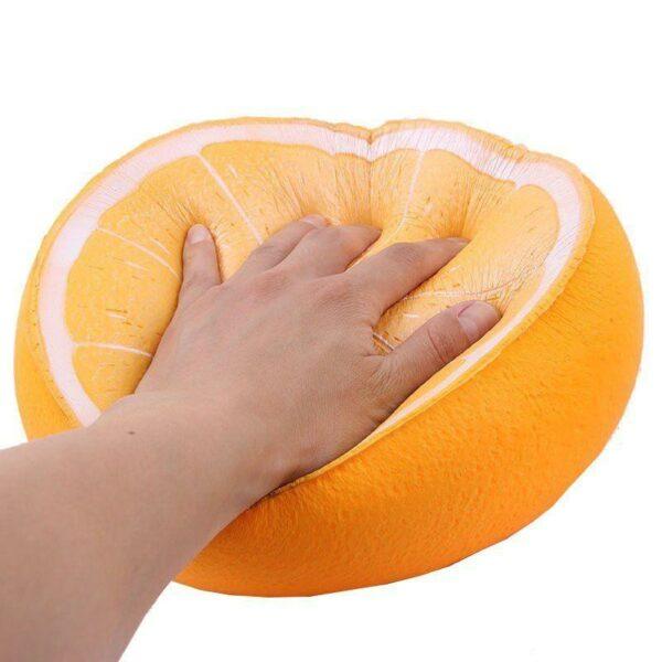 Squishy orange geant écrasé