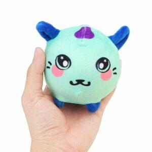 squeezamals chat vert dans la main