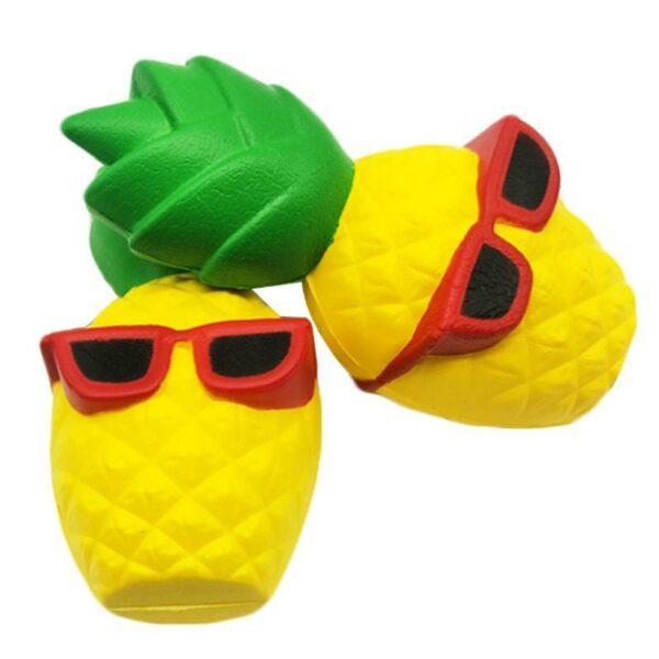 squishy ananas kawaii vu du dessus