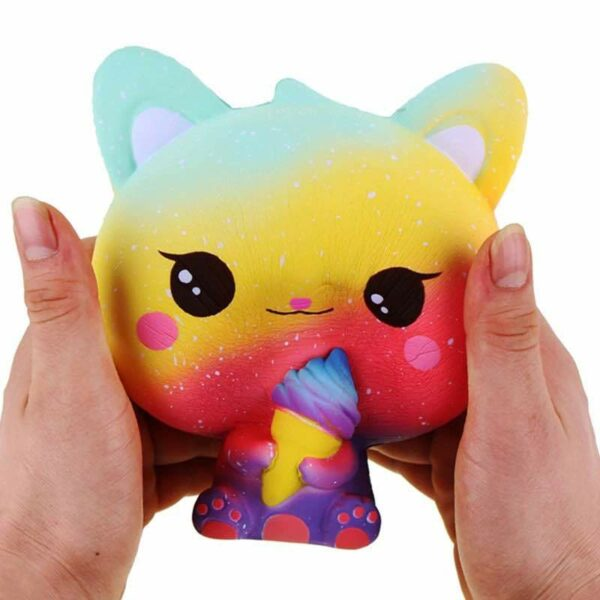 squishy chat multicolore écrasé