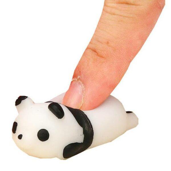 squishy mochi panda écrasé