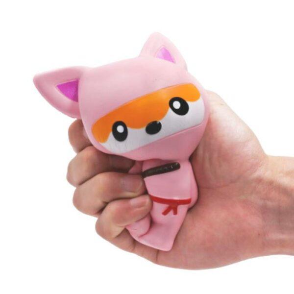 squishy renard ninja rose écrasé