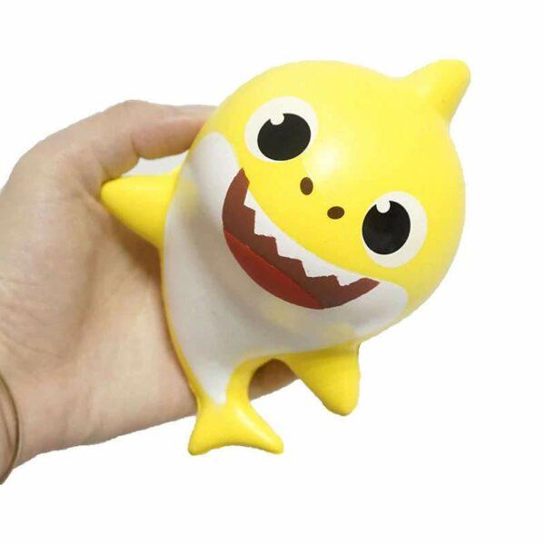 squishy requin jaune